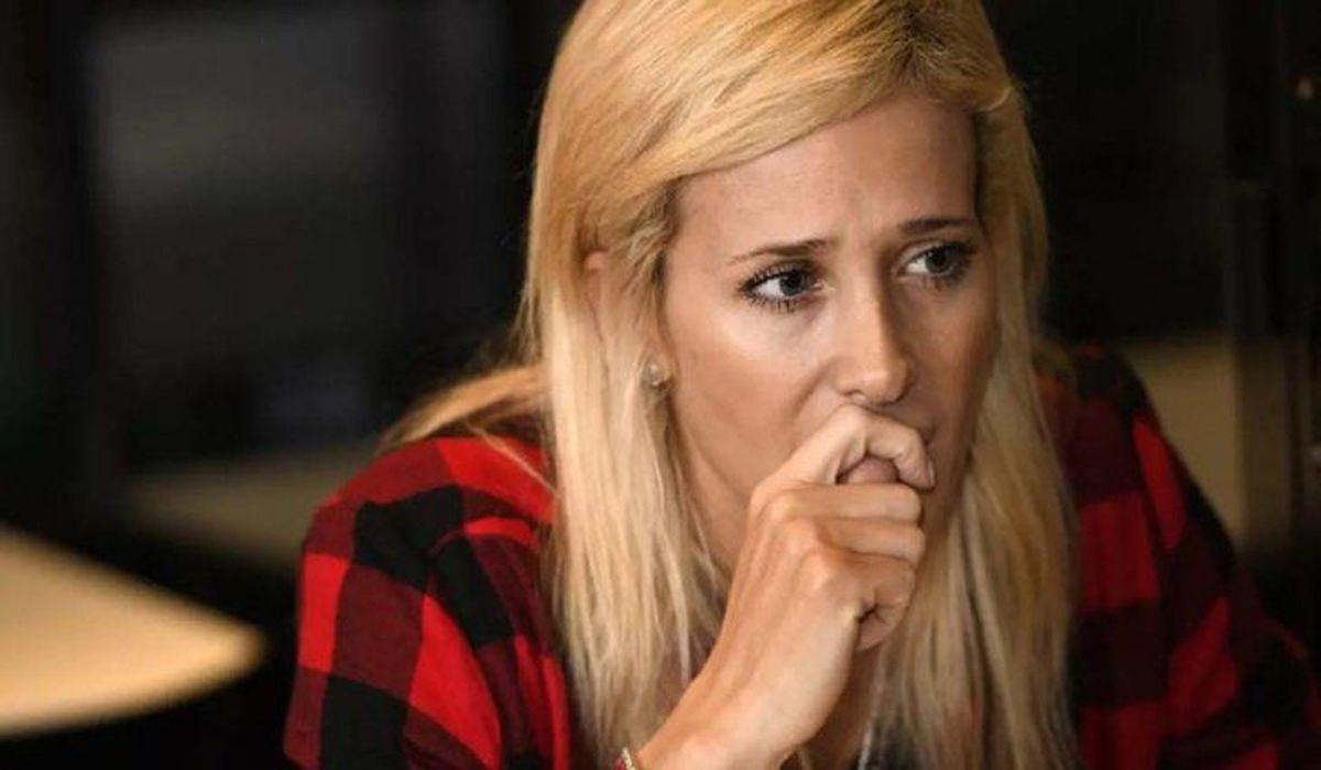 Multaron y le impusieron un bozal legal a Julieta Prandi por hablar del conflicto con su ex marido