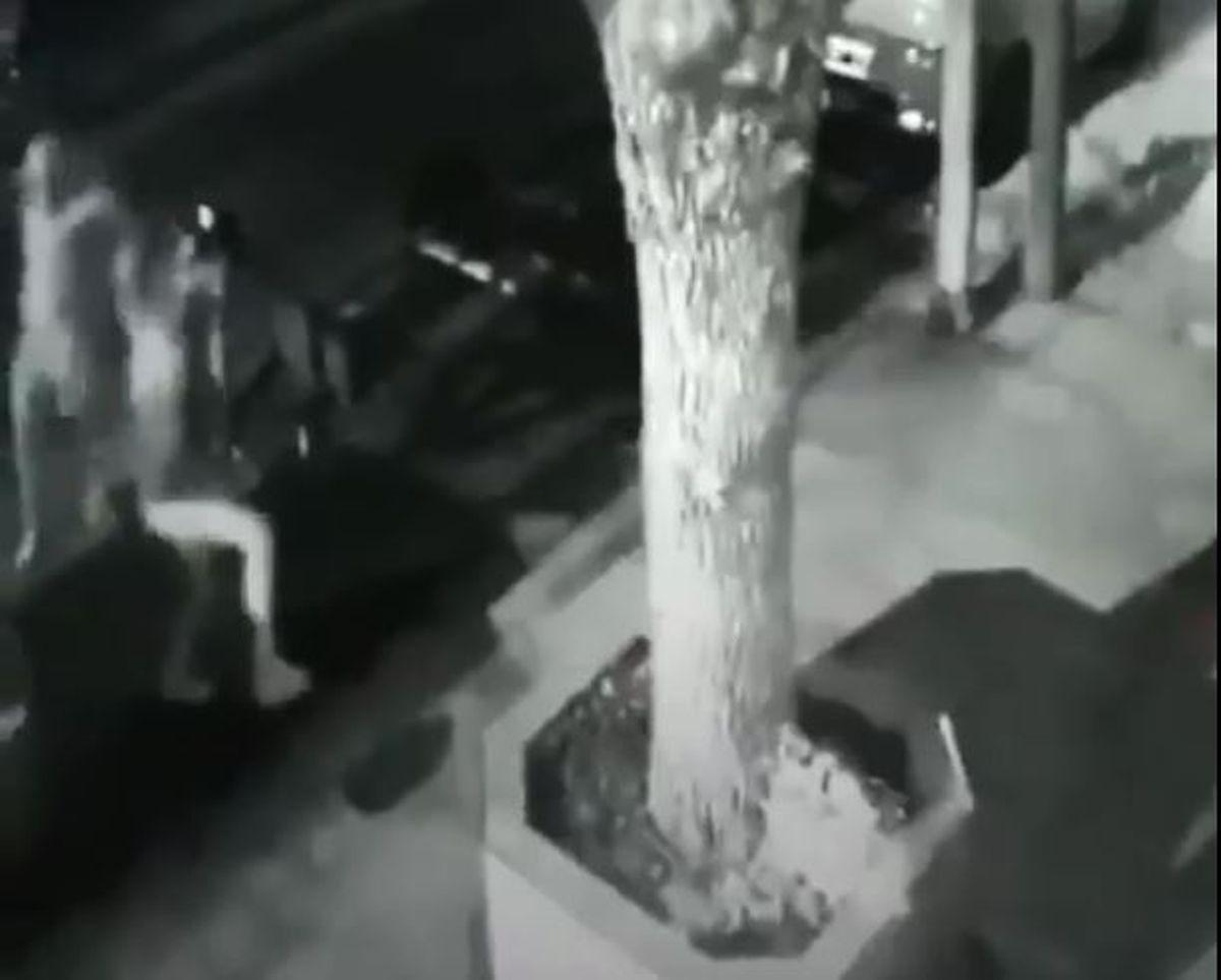 Lomas del Mirador: delincuentes arrastraron a dos amigas