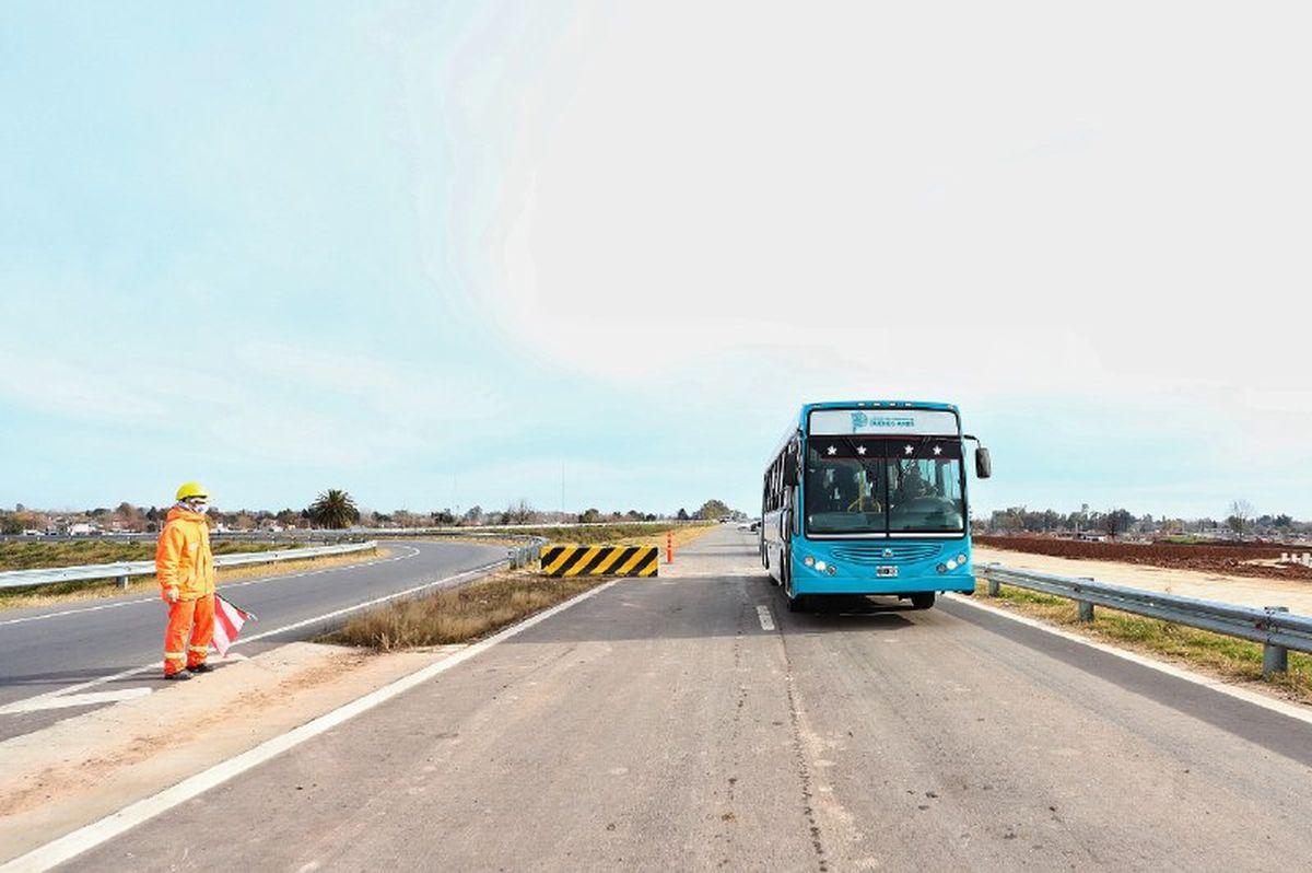 La Autopista Presidente Perón es la extensión del actual Camino del Buen Ayre.