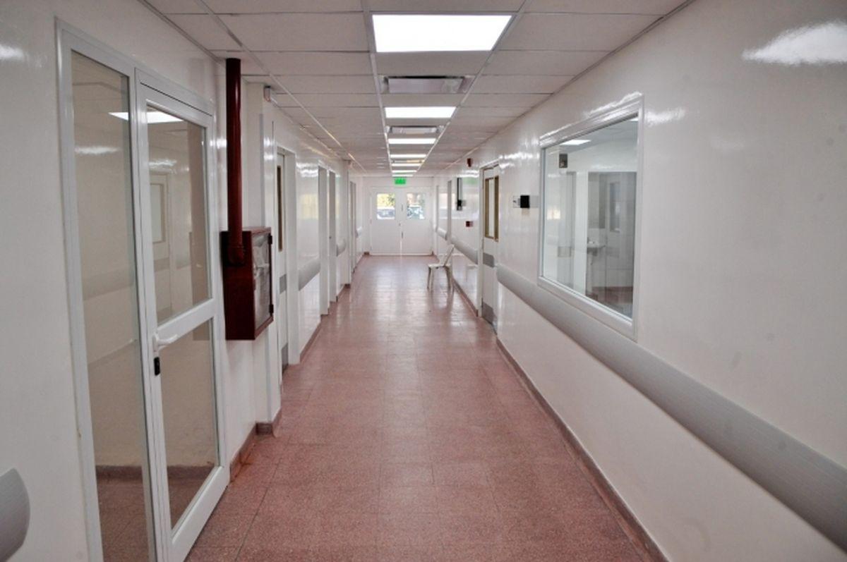 En medio del colapso sanitario, el Hospital Héroes de Malvinas de Merlo convoca enfermeros