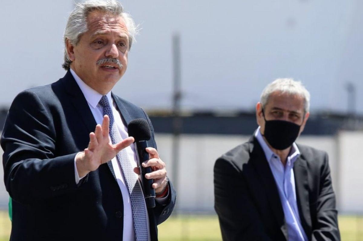 Merlo: Alberto Fernández entregó viviendas del PROCREAR
