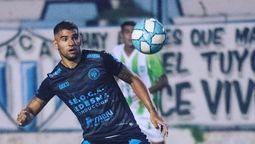 """altText(Matías Coselli: """"Si llega a haber un brote de contagios en Argentino, nos quedamos sin jugadores"""")}"""