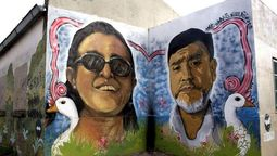 """altText(Se estreno en Canal Encuentro """"Escuela Bomba"""", el documental sobre la tragedia que terminó con las vidas de Sandra y Rubén)}"""
