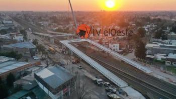Tren Sarmiento: Finalizó el montaje de los puentes de Ituzaingó y ya hay fecha estimada de inauguración